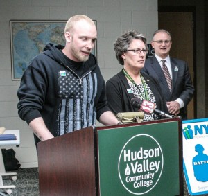 NYSID Presents Battle Buddy Center Plaque to Hudson Valley Commu