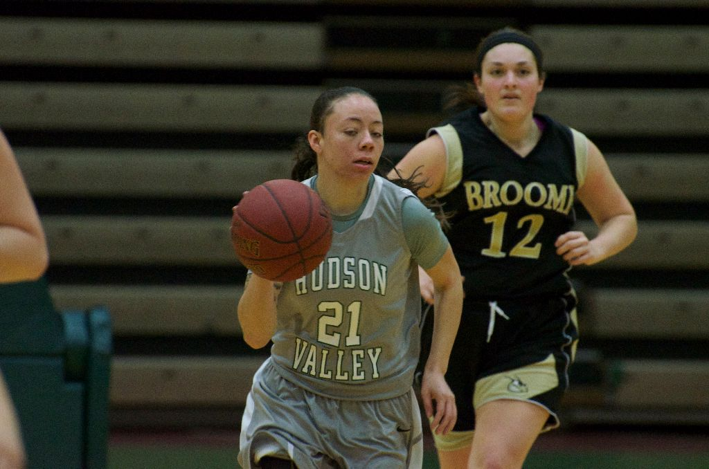 Women's basketball: Comeback swept up by Broome