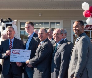 Emergency Assistance Fund granted $1,000 at Stewart's Shop ribbon-cutting