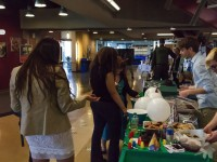 Campaign trail mix: Candidates hand out snacks